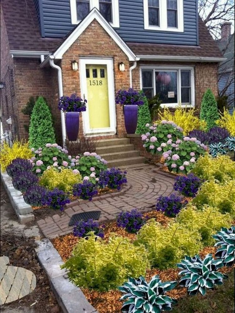 73+ Beautiful Small Front Yard Landscaping Ideas on Small Landscape Garden Design  id=23108