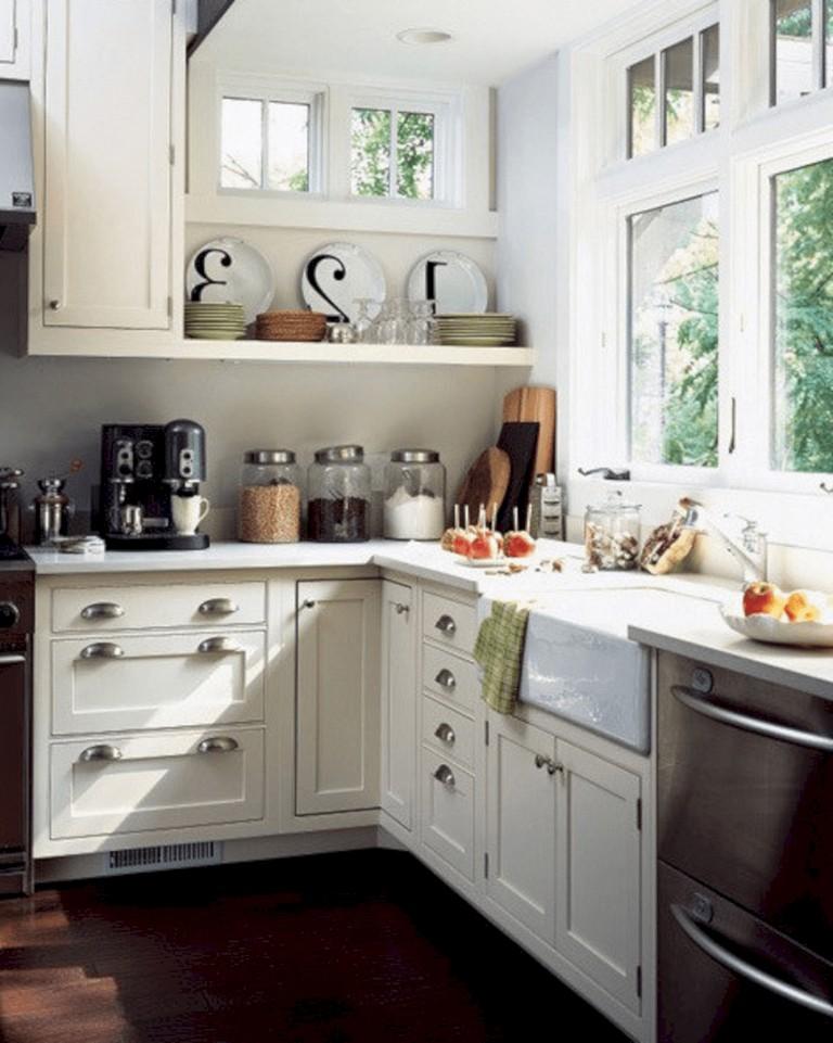 20 Amazing Small Cottage Kitchens Design